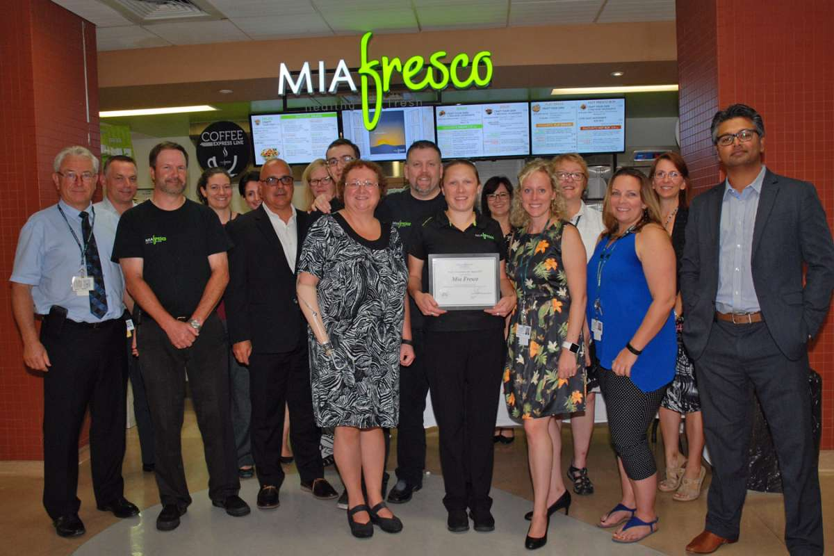 Several GRH staff members joined Mia Fresco staff to celebrate their award win.