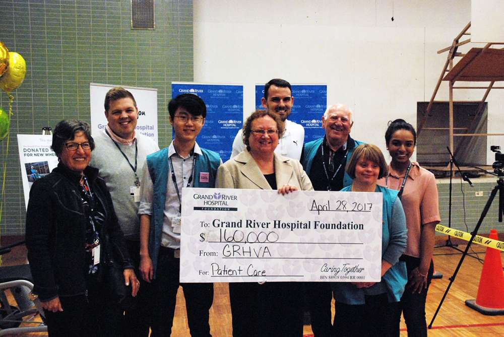 The volunteer association makes its amazing $160,000 gift to the GRH Foundation