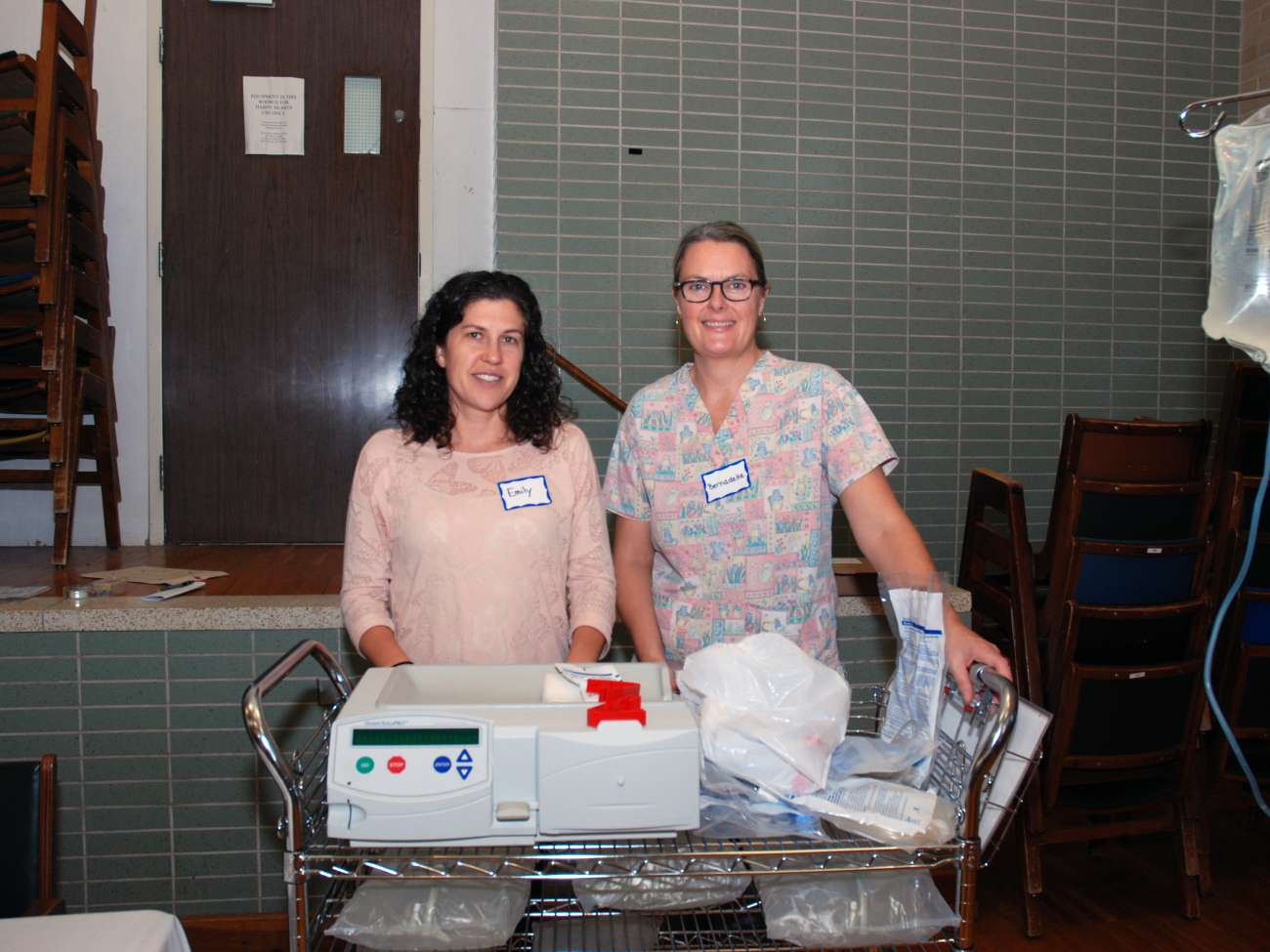 Registered nurses Emily Hurst and Bernadette Mandl who work in peritoneal dialysis